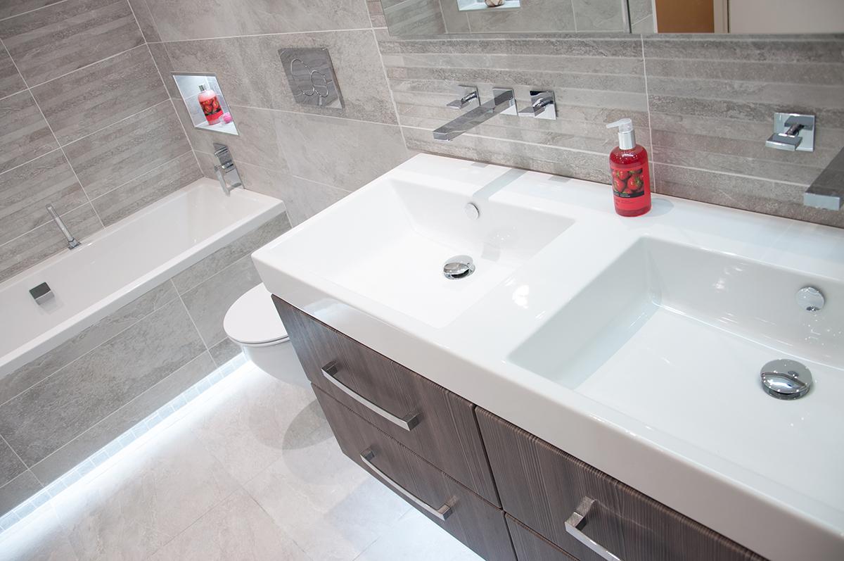 ASHLEY Kitchen & Bathroom Design Centre - Southport
